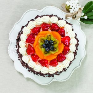 Vanilla Fresh Fruit Gateau Cake
